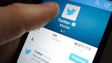 Twitter puhelin