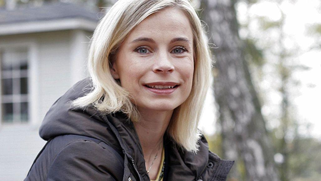Mila Kajas-Virtanen k�ynnist�� lottokoneen: Jos sattuisi itse ...