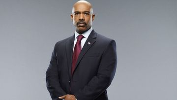 Uhka - Director Olsen (Michael Beach) 1