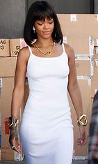 Rihanna,  Beverly Hills, 2014