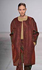 Amaya Arzuaga Womenswear, Fall Winter 2014, Paris Fashion Week