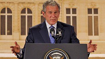 Yhdysvaltain presidentti George W. Bush Pariisissa 13.6.2008
