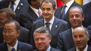 Spanish Prime Minister Jose Luis Rodriguez Zapatero (C), flanked by Jordan's King Abdullah II (bottom), Libyan National Transitional Council chairman Mustafa Abdel Jalil (R), UN Secretary General Ban Ki Moon (L) attend the family photo at the Elysee Palace in Paris, 01 September, 2011. Friends of Libya conference is expecting 60 delegations to attend, to discuss the future of Libya and offer aid to the transitional council. EPA/IAN LANGSDON / POOL