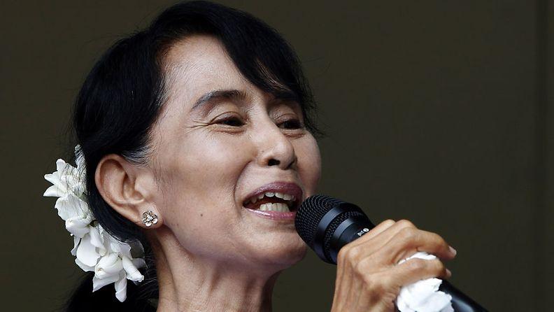 Myanmarin oppositiojohtaja Aung San Suu Kyi istui kotiarestissa viisitoista vuotta vuosien 1989-2010 välillä.
