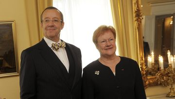 Estonian President Toomas Hendrik Ilves (L) met with his Finnish counterpart Tarja Halonen as they meet in Helsinki, Finland, on October 17, 2011.