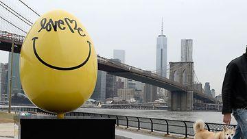 New Yorkissa on meneillään The  Faberge Big Egg Hunt, johon tämäkin jättimuna liittyy!