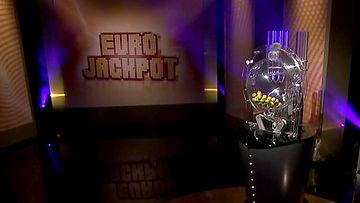 Kaikkien aikojen Eurojackpotin voittaja: Pankkitili ei ole voittorahojen paikka