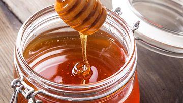 Yhdysvalloissa on noussut esille väärennössyytöksiä hunajavalmistajia kohtaan.