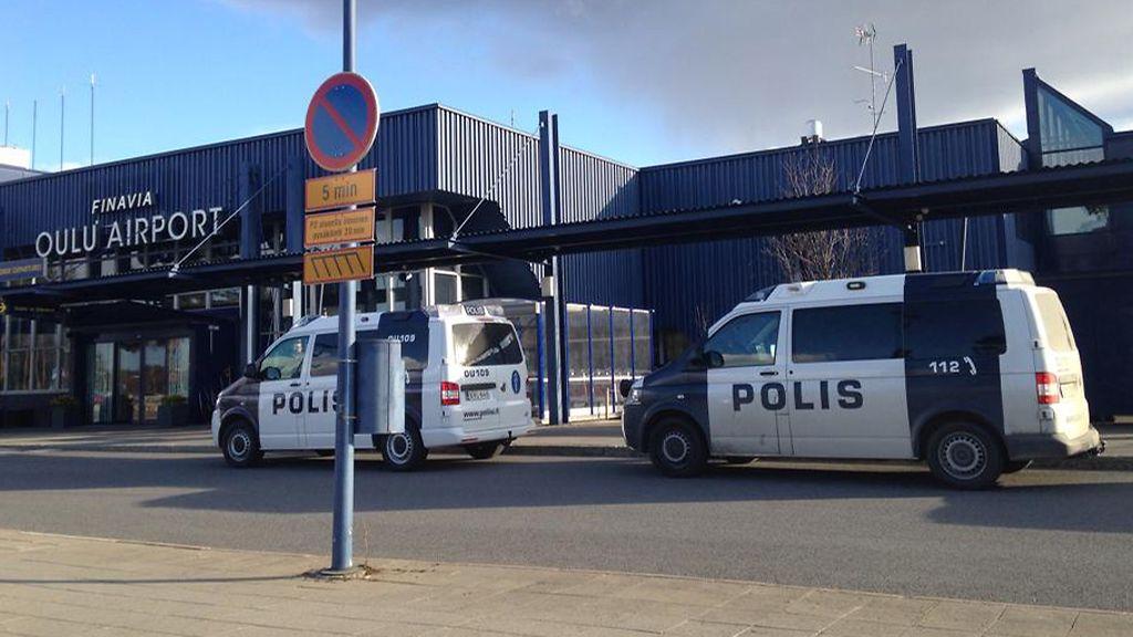 Oulun Laukku Aukiolo : Salkku aiheutti poliisioperaation oulun lentokent?ll?