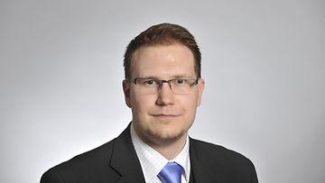 Kansanedustaja Olli Immonen (perussuomalaiset) eduskunnassa Helsingissä 26. huhtikuuta 2011.