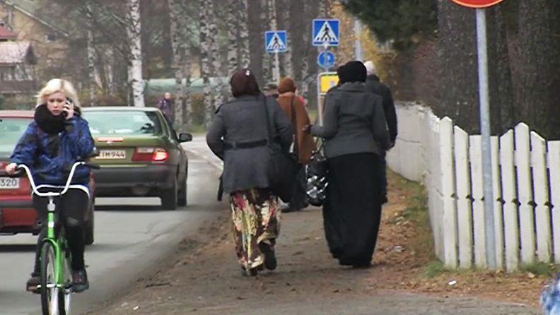 Maahanmuuttajien toimeentulotuki puhuttaa Lieksassa.