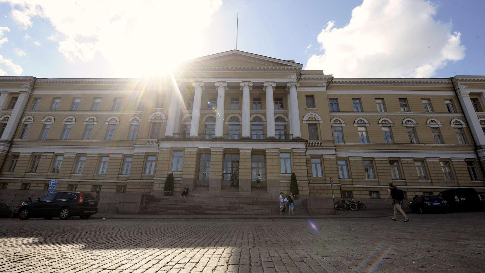 Helsingin Yliopisto Lukuvuositarra