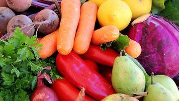 Kasvikset,-porkkana,-punajuuri