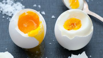 Kananmuna, keittää, kovaksi keitetty
