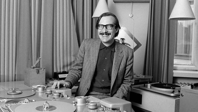 Radion viihdeohjelmien ohjelmapäällikkö Henrik Otto Donner vuonna 1970.
