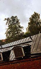 Helsingissä satoi räntää ja lunta 17. kesäkuuta 2014.