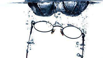 Uppoavat silmälasit