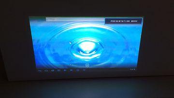 Asus S1 -kompaktikokoinen LED-projektori