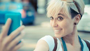 selfie,-kuva,-some