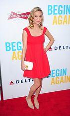 brie larson-punainen mekko
