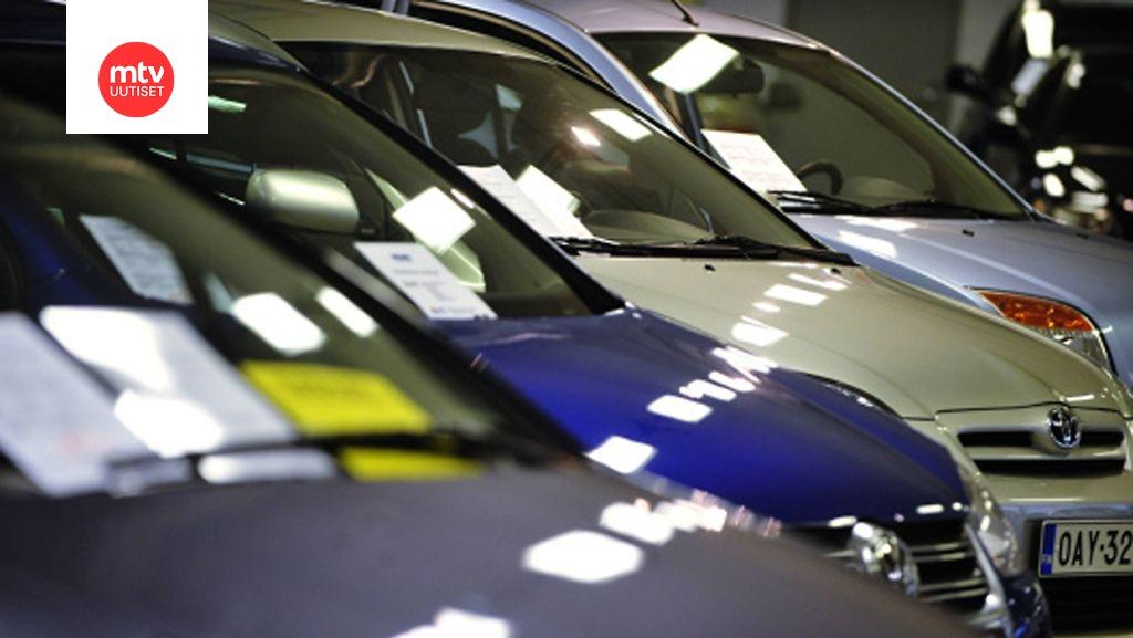 Käytettyjen autojen kauppaketju Kamux keskeyttää listautumisensa pörssiin – veroja ja sosiaalikuluja maksamatta