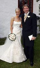 Vanessa ja Jari Kurri häissään kesällä 2004. (1)