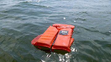 Hukkuneet, hukkumistilasto, pelastusliivit, veneily. Kuva: Lehtikuva