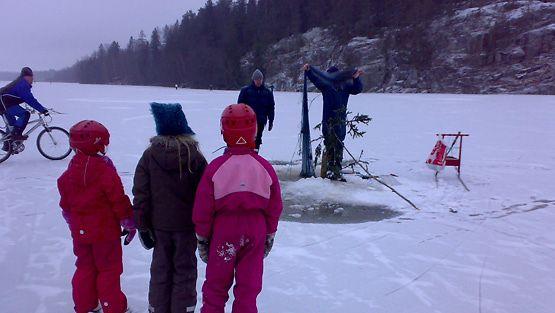 Lumeton jää houkutteli Tuusulanjärvelle - Kotimaa - Uutiset - MTV.fi