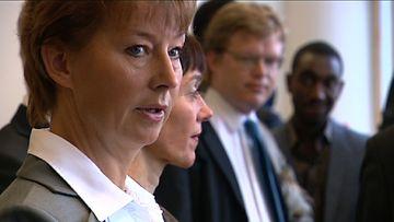 Valtionsyyttäjä Raija Toiviainen Helsingin hovioikeudessa 22.8.2011