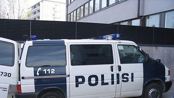 Lohjan poliisin legendaarinen kenttäjohtoauto 730 siirrettiin reserviin 3. heinäkuuta. (LÄNSI-UUDENMAAN POLIISI)