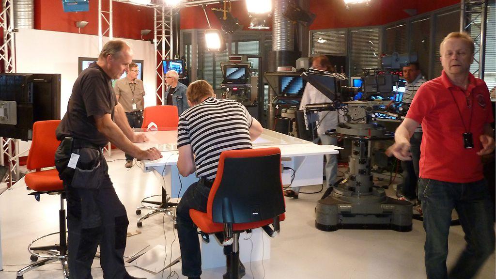 MTV3 Uutiset uudesta studiosta, hyvää iltaa! - Kotimaa - Uutiset - MTV.fi