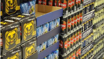 Olutta K-marketissa Kampin kauppakeskuksessa. Kuva: Lehtikuva