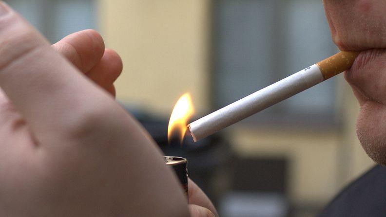 Selvityksen mukaan suomalaisten tupakoinnissa on tapahtunut radikaali muutos.