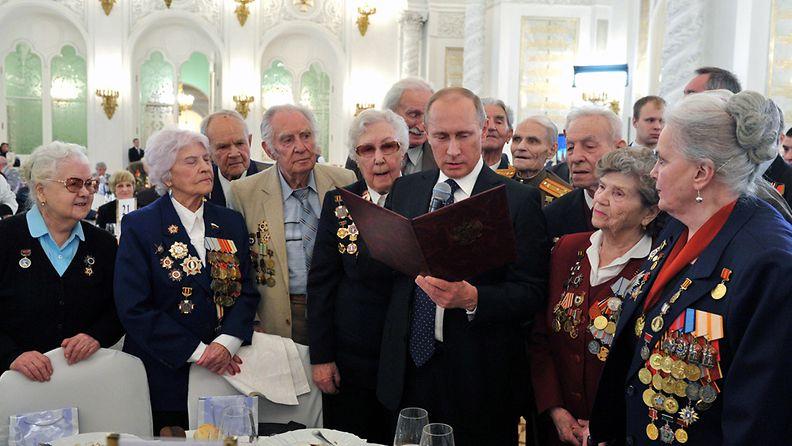 Venäjän presidentti Vladimir Putin osallistui helmikuussa Stalingradin taistelujen veteraanien 70-vuotisjuhlaan.
