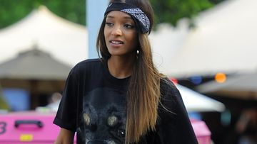 Jourdan-Dunn,-huivi