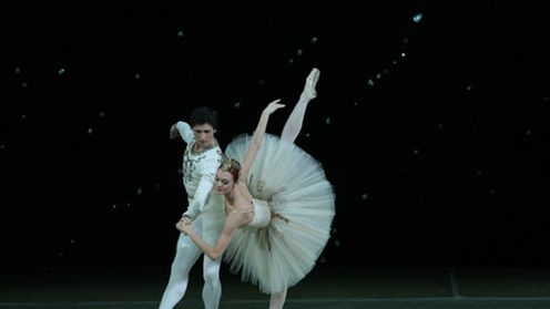 "Uljana Lopatkina baletissa ""Jewels"""