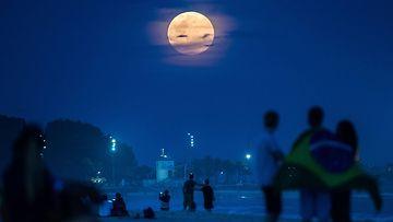 Upea kuu Rio de Janeirossa 10. elokuuta 2014.