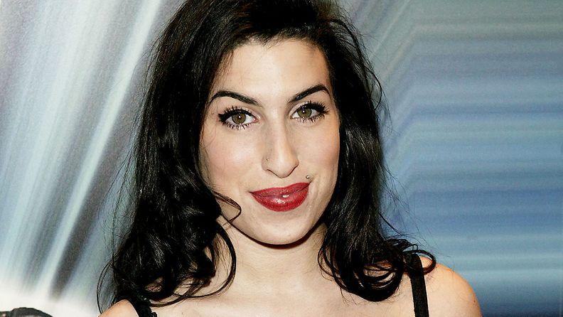Amy Winehouse vuonna 2004.