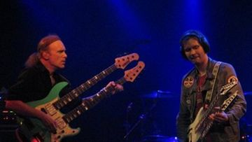 Billy Sheehan ja Paul Gilbert