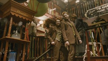 James ja Oliver Phelps ovat harry Potter -elokuvien Fred ja George Weasley.  © 2009 Warner Bros. Ent.