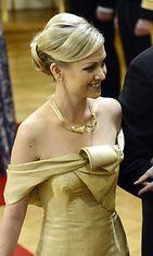 Hanna-Mari Manninen Katri Niskasen asussa.