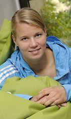 Naisten jalkapallomaajoukkueen puolustaja Maija Saari kertoi joukkueen valmistautumisesta ensi lauantain EM-karsintaotteluun Viroa vastaan tiedotustilaisuudessa Espoossa torstaina 13. syyskuuta 2012.