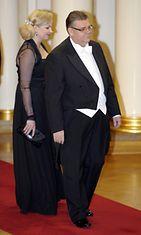 Perussuomalaisten puheenjohtaja, kansanedustaja Timo Soini vaimonsa Tiinan kanssa.