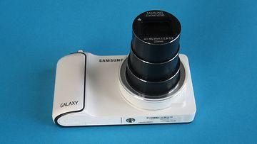 Samsung Galaxy Camera. Android-käyttöjärjestelmällä toimiva kamera.