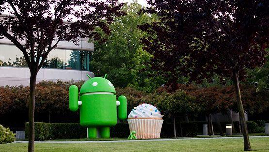Androidin maskotti Googlen toimiston edessä. Kuva: Kenneth Lu /Creative Commons 2.0 Attribution 2.0 Generic