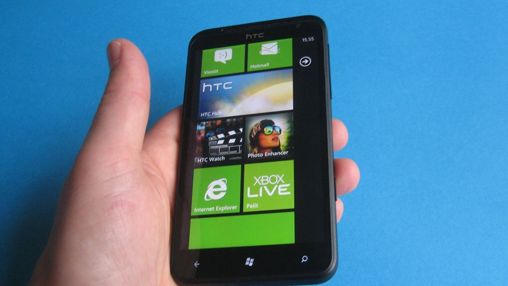 Danske Bankilta odottamaton ratkaisu: MobilePay-palvelua ei enää tueta Windows Phone -laitteilla ...