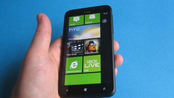 HTC Titan Windows Phone 7, Mango. Kuva: Jari Heikkilä