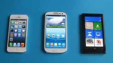 Nokia Lumia 920, Samsung Galaxy S3 ja iPhone 5