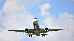 CNN: Lennokit ovat melkein törmänneet lentokoneisiin