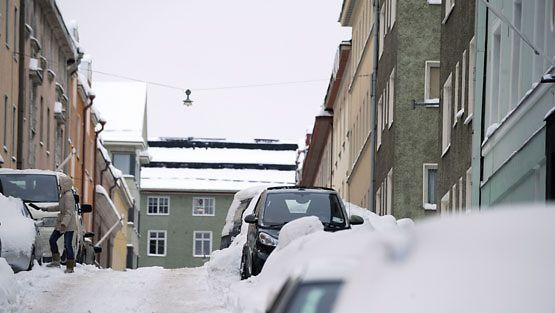 Auto kolhittu parkkipaikalla vakuutus